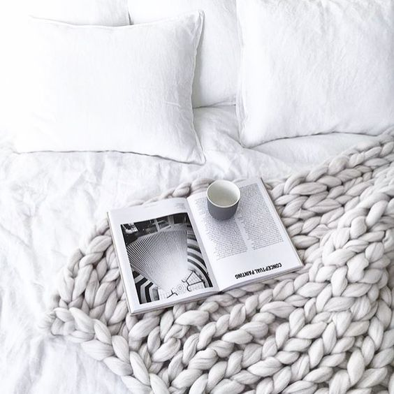 Knitted blanket – a winter must have